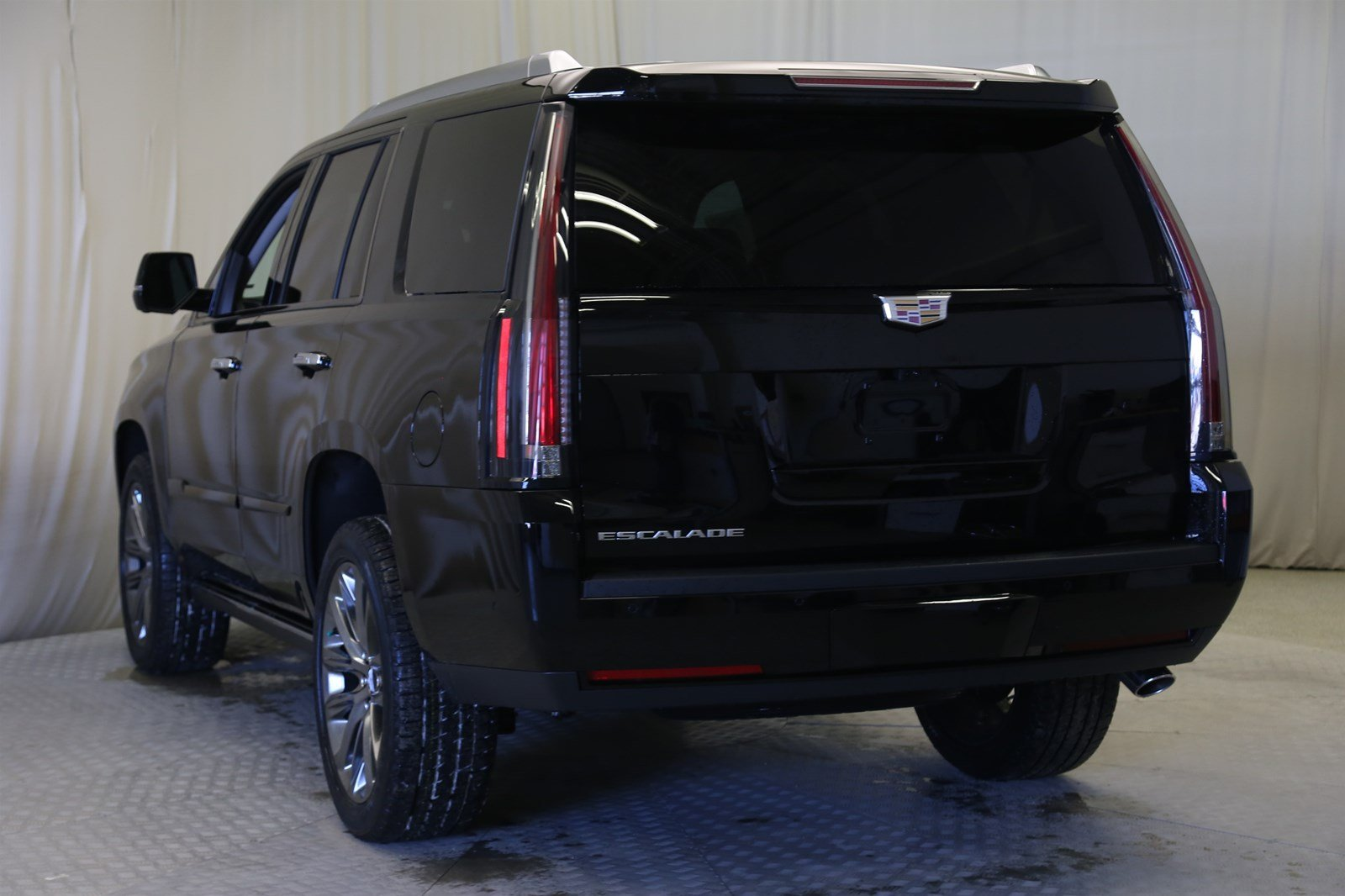 new 2020 cadillac escalade premium luxury 4wd suv